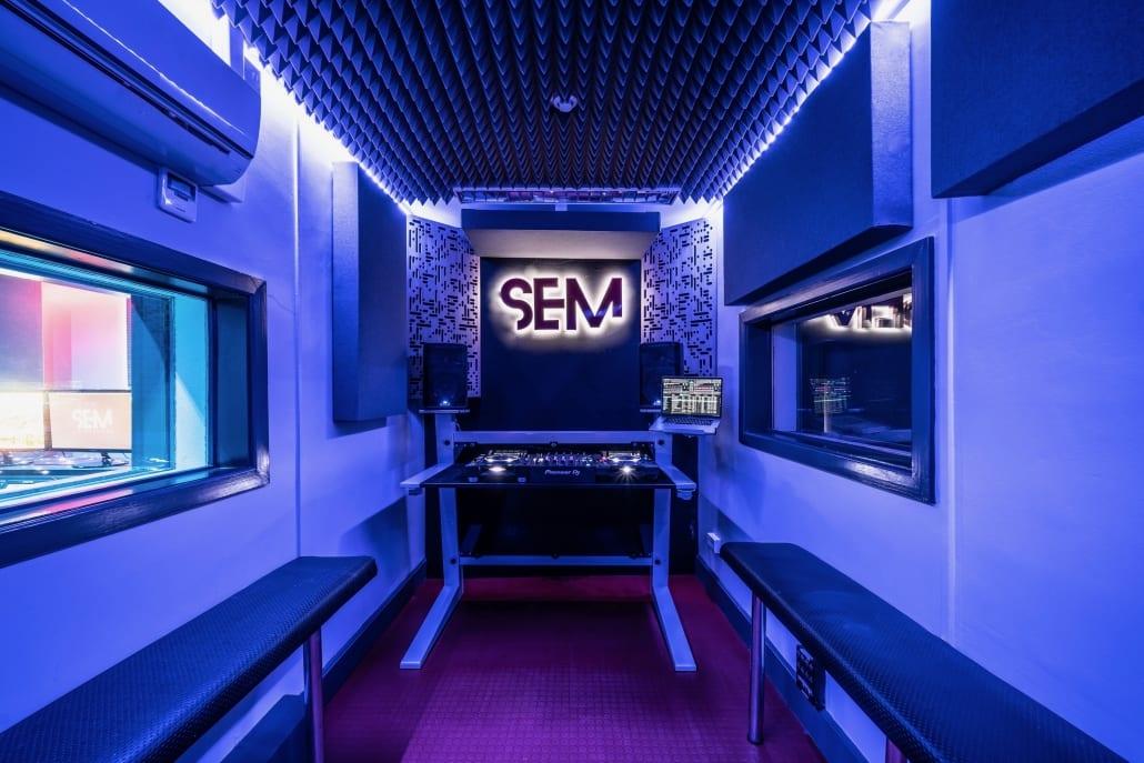 SEM-DJ-Lab-2-3-V2
