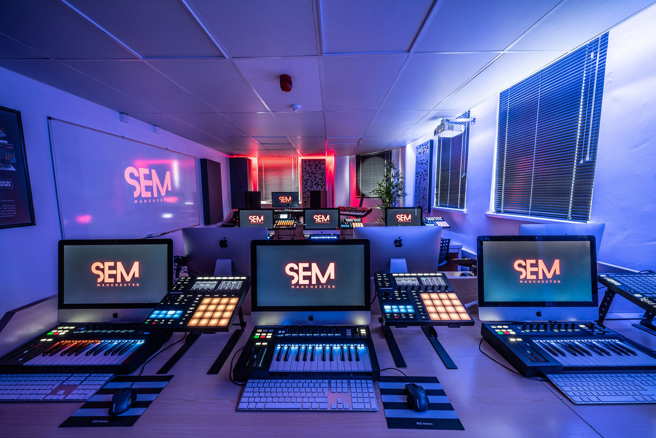 SEM-Midi-Lab-2-2V2